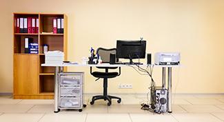 Nábytok do kancelárie: 5 tipov, ako si zariadiť svoju kanceláriu