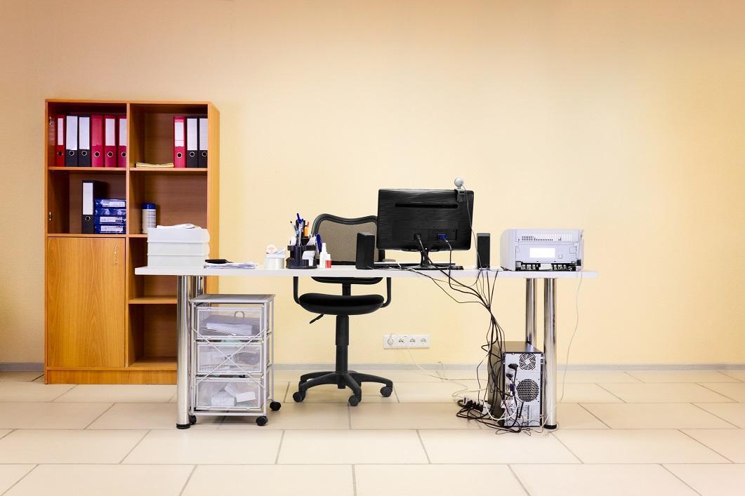 nábytok do kancelárie