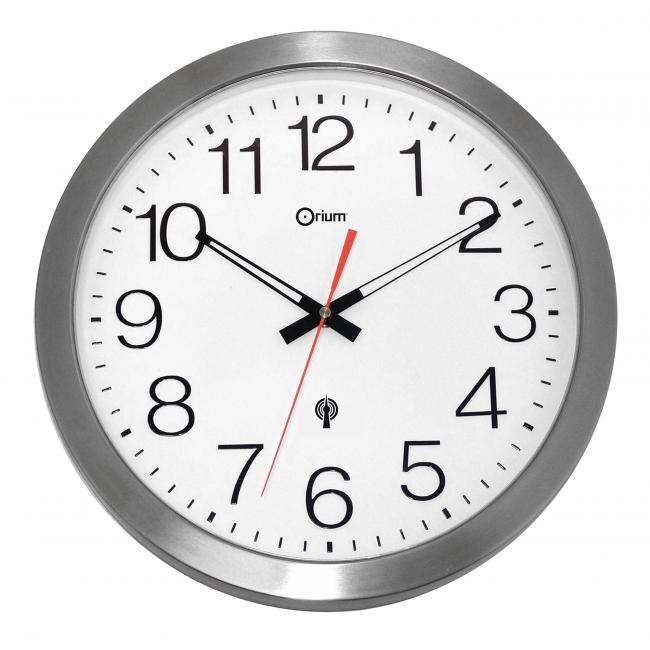 Nástenné hodiny vodeodolné strieborné 11385